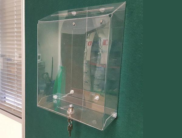 Почтовый ящик прозрачный с замком под лист А4